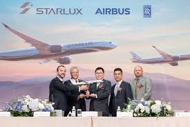 100 Star Lux STARLUX Airlines Orders 17 A350 XWB Aircraft For Longhaul