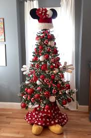 Christmas Tree Toppers Disney by Christmas Tree Themes For Any Style Disney Christmas Christmas