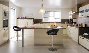 plan central cuisine cuisine en u avec ilot central cuisine lineaire avec ilot central