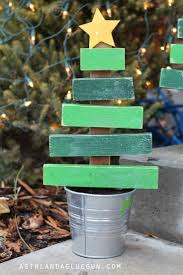 Christmas Tree Names Ideas by Best 25 Wood Christmas Tree Ideas On Pinterest Wooden Christmas