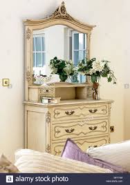ein detail einer traditionellen wohnzimmer ein dekoratives