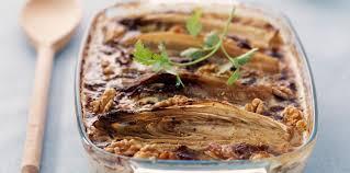 comment cuisiner l endive gratin d endives au four sauce au roquefort facile et pas cher