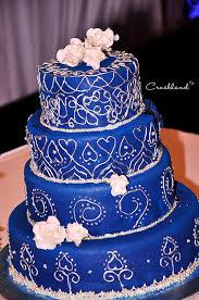 4 beautiful white and blue wedding cakes 8