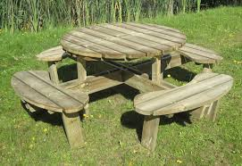 awesome round wooden picnic tables csublogs com