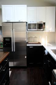 Proper Kitchen Cabinet Knob Placement by House Tweaking