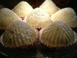 comment faire de la pate de datte maamouls gateaux orientaux fourrés aux dattes aux delices du palais