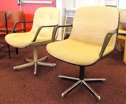 strafor bureau fauteuil de bureau de marque strafor coque beige assise et dossier