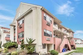 100 The Beach House Long Beach Ny 655 Shore Rd 4A NY New York 11561