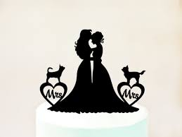 lesbienne bureau lesbiennes de gâteau avec deux chiens lesbienne avec chiens