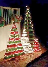 Wood Pallet Christmas Tree Decorations