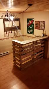 Decor: Traditonal Home Bas With DIY Wooden Pallet Bar Design Uncategories Home Bar Unit Cabinet Ideas Designs Bars Impressive Best 25 Diy Pictures Design Breathtaking Inspiration Home Bar Stunning Wet Plans And Gallery Interior Stools Magnificent Ding Kitchen For Small Wonderful Basement With Images About Patio Garden Outdoor Backyard Your Emejing Soothing Diy Design Idea With L Shaped Layout Also Glossy Free Projects For