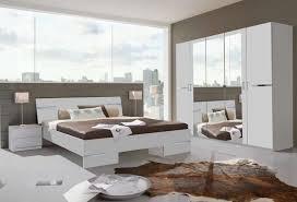 schlafzimmer in weiß bett schrank spiegel 2x