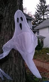 Spirit Halloween Lincoln Nebraska by Youth Journalism International Showing Traditional Halloween Spirit