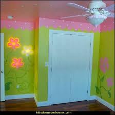 Baby Girl Garden Nursery Theme Decorating Ideas