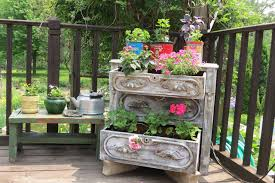 The 50 Best Vertical Garden Ideas And Designs For 2017 Dons Tips Vertical Gardens Burkes Backyard Depiction Of Best Indoor Plant From Home And Garden Diyvertical Gardening Ideas Herb Planter The Green Head Vertical Gardening Auntie Dogmas Spot Plants Apartment Therapy Rainforest Make A Cheap Suet Cedar Discovery Ezgro Hydroponic Container Kits Inhabitat Design Innovation Amazoncom Vegetable Tower Outdoor