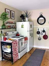 Kitchen Wall Ideas Pinterest by Kitchen Decorating Ideas For Apartments Best 25 Apartment Kitchen
