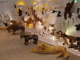 Plush Animal Zoo Bedroom Design