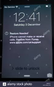 Broken Apple iPhone 4 with No Service and requiring a restore