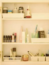 5 dinge die du nicht im badezimmer aufbewahren solltest