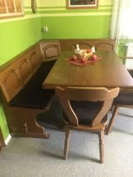 eckbank mit 3stühlen tisch und le