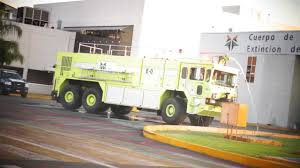 BJX - OshKosh ARFF T-3000 Airport Fire Truck (Camión De Bomberos De  Aeropuerto) [HD] All About Fire And Rescue Vehicles January 2015 Okosh M23 M6000 Aircraft Fighting Truck Arff Side View South King E671 Puget Sound Rfa E77 Port Of Sea Flickr Tms 1985 Opposing Bases Airport Takes Delivery On New Fire Truck Local News Starheraldcom Equipment Douglas County District 2 1994 6x6 T3000 Used Details Robert Corrigan Twitter Good Morning Phillyfiredept Eone Introduces The New Titan 4x4 Rev Group 8x8 Mac Ct012 Kronenburg Striker 6x6 Fileokosh Truckjpeg Wikipedia