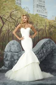 8933 wedding dress from justin alexander hitched co uk