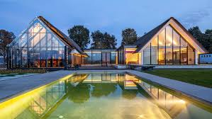100 Architectural Houses Glass Houses