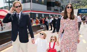 cuisine et confidences place du march honor tatiana casiraghi and honor grace in photo shoot for