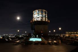 100 Grand Designs Water Tower For Sale Williamsburg Hotel Opens Its Bar With NYC Skyline Views