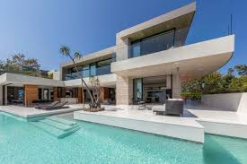 104 Beverly Hills Modern Homes Mansion With Infinity Edge Pool In 2019 Hgtv S Ultimate House Hunt Hgtv