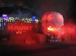 Dorney Park Halloween Haunt Attractions by Newsplusnotes Face Your Worst Fears At Dorney Park U0027s 2016
