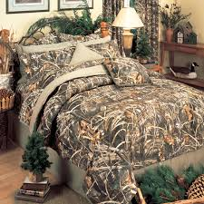 Max 4 Camo Reversible Queen Bed in a Bag