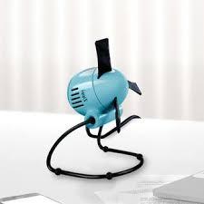 Vornado Zippi Desk Fan by 32 Best 30thingstobring Fan Images On Pinterest Desk Fan