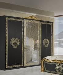 kleiderschrank vilma medusa 6 türig in schwarz gold barock design