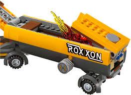 100 Lego Tanker Truck 76067 Takedown