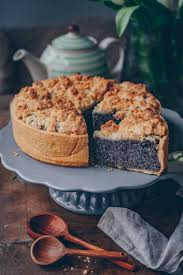 poppy seed crumble cheesecake vegan and delicious cake