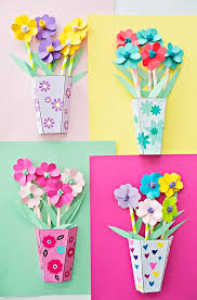 With Mothers Day Coming Up We Have Flowers On Our Mind Gift Mom Something Beautiful And Handmade Like These Gorgeous Paper Flower Bouquets