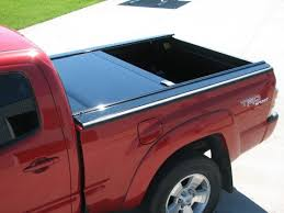 Retrax Bed Cover by How To Pick The Right Tonneau Cover Campway U0027s Truck Accessories