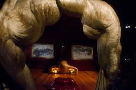 Mae West Lips Sofa Salvador Dali 1937 by Barcelona Photoblog The Mae West Room At Dali Theatre Museum In