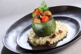 cuisiner courgette ronde recette de mini courgette ronde farcie de tajine de légumes grillés
