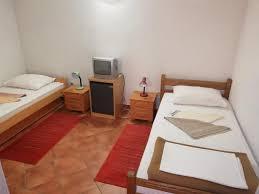 bed breakfast accommodation licka kapa kroatien korenica