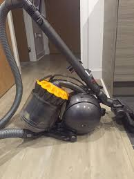 Dyson Dc39 Multi Floor Vacuum by Dyson Dc39 Multifloor Cylinder Bagless Vacuum Iron