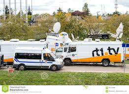 Tv Truck With Satellite Parabolic Antenna Frm N24 Channel Editorial ... Sis Live Delivers Sallite Truck To The British Army Svg Europe Strasbourg France Jun 30 2017 Via Storia Tv Media Television Sallite Center Uplink Trucks By Misterpsychopath3001 On Deviantart Broadcast Transmission Services And Equipment Pssi The Best Way To Transmit Data In Really Wired Parked Stock Photos News Broadcast Live Trucks With Antenna Van Parked In Front Of Parliament European Buildi Tv Images Los Angles Truck Metrovision Production Group Llc