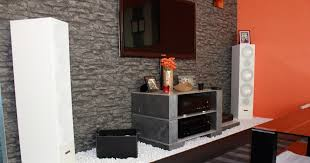 plush wohnwand steintapete stein tapete wohnzimmer ideen