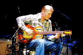 File:Derek Trucks.res.xas.jpg - Wikimedia Commons Tedeschi Trucks Band Live Va United Home Loan Amphitheater Derek Trucks Search Results Earofnewtcom Page 2 A Joyful Noise Cover Story Excerpt Relix Media American Masters Bb King The Life Of Riley Press Release Dueling Slide Guitars Watch Eric Clapton And Derek Play Hittin Web With The Allman Brothers Pictures Images Gibson 50th Anniversary Sg Vintage Red Sn 0061914 Gino Bands Wheels Soul 2016 Tour Keeps On Truckin Duane Allmans 1957 Les Paul Goldtop Is At Beacon Story Notes From Jazz Fest 2015 Day 1