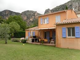 chambre d hote moustiers sainte bed and breakfast chambre d hôtes l odalyre moustiers sainte