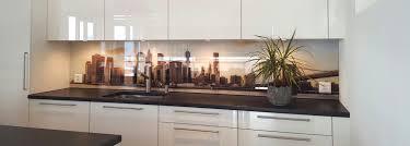 küchenrückwand aus pflegeleichtem glas