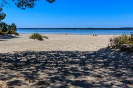 chambre d hote hourtin plage de l ile de la banane à hourtin plage au bord du lac d