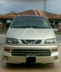 2001 Mitsubishi Space Gear 2 4 A Cars for sale in Kuching Sarawak