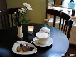 auf einen kaffee bei klara grün an der predigerkirche